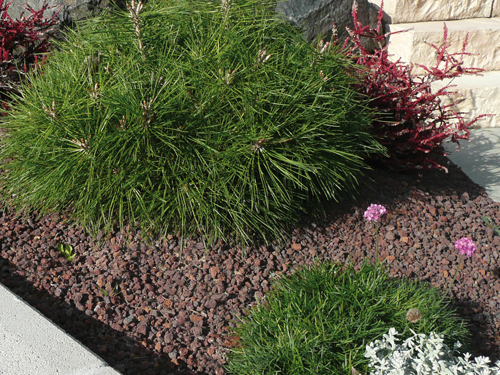 Sablo jardin pouzzolane for Voir deco jardin